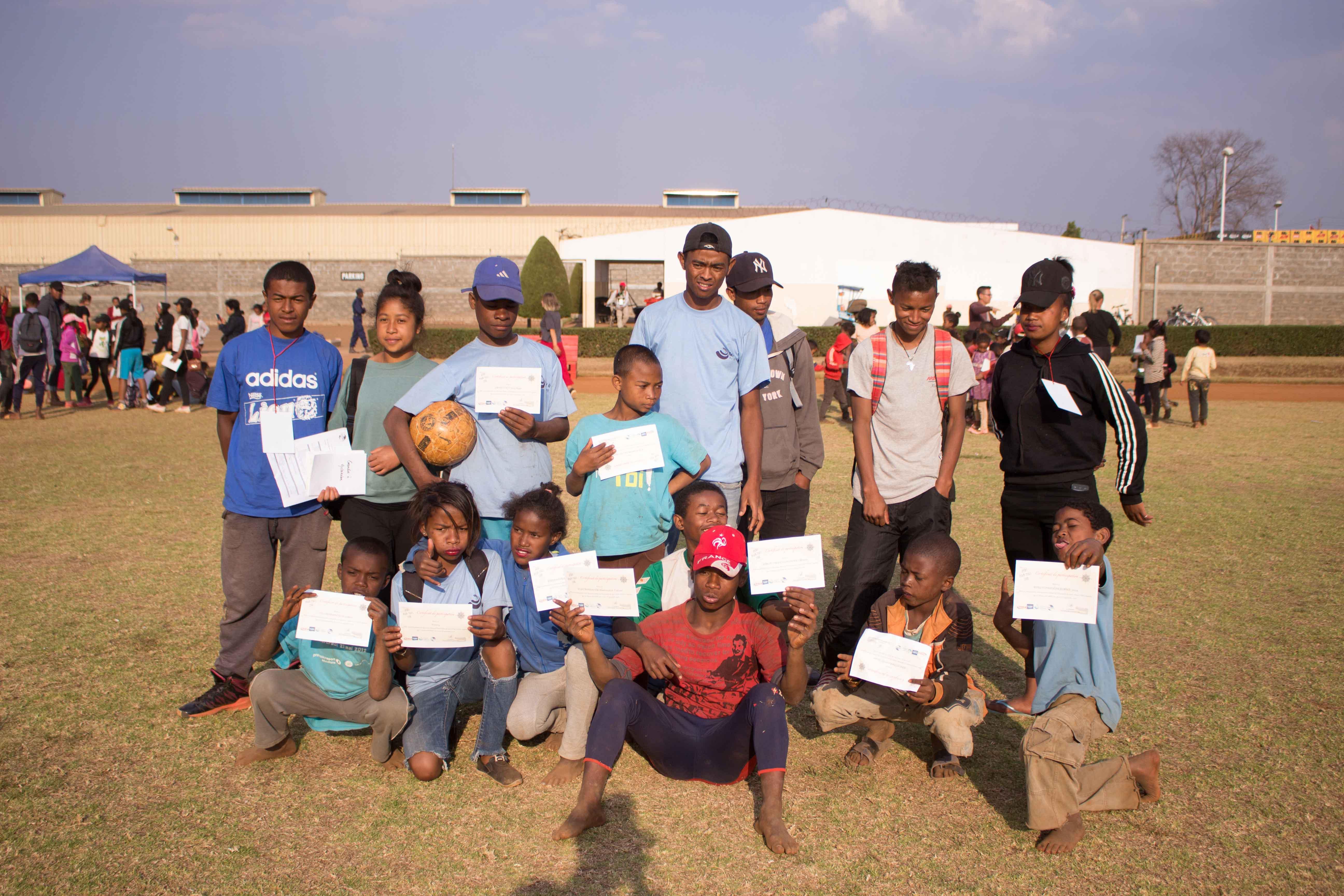 Enfants et éducateurs du cht
